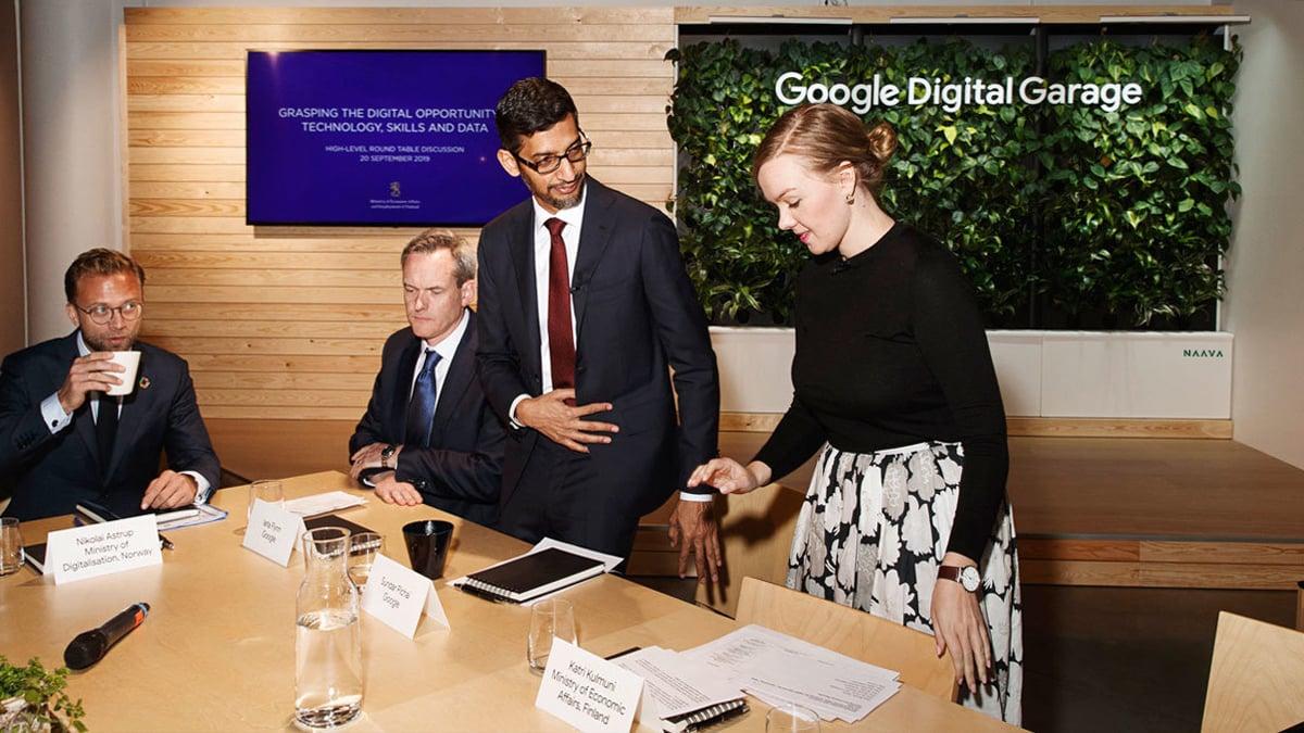 Google CEO & Naava