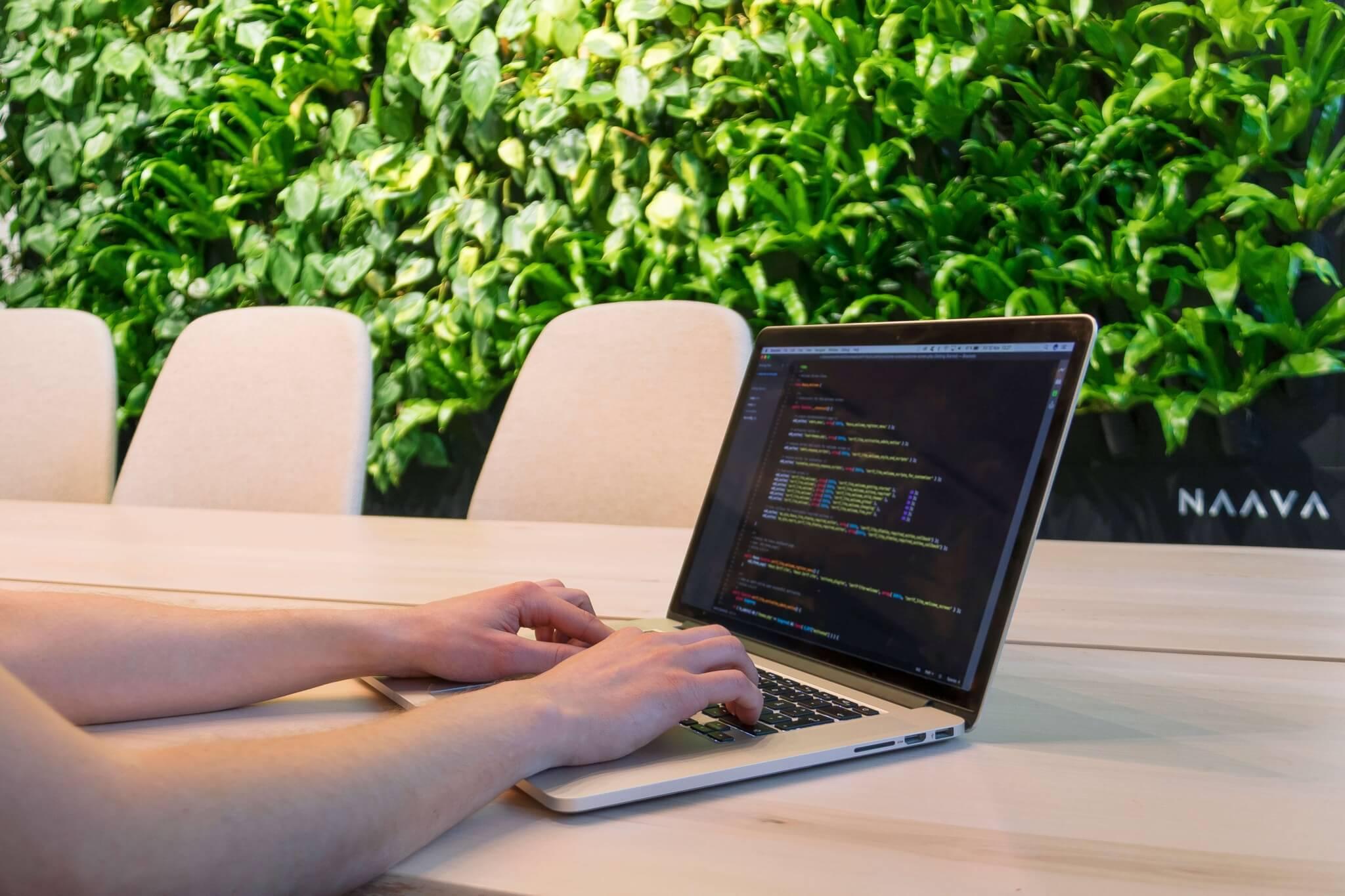 coding-naava-hero.jpg